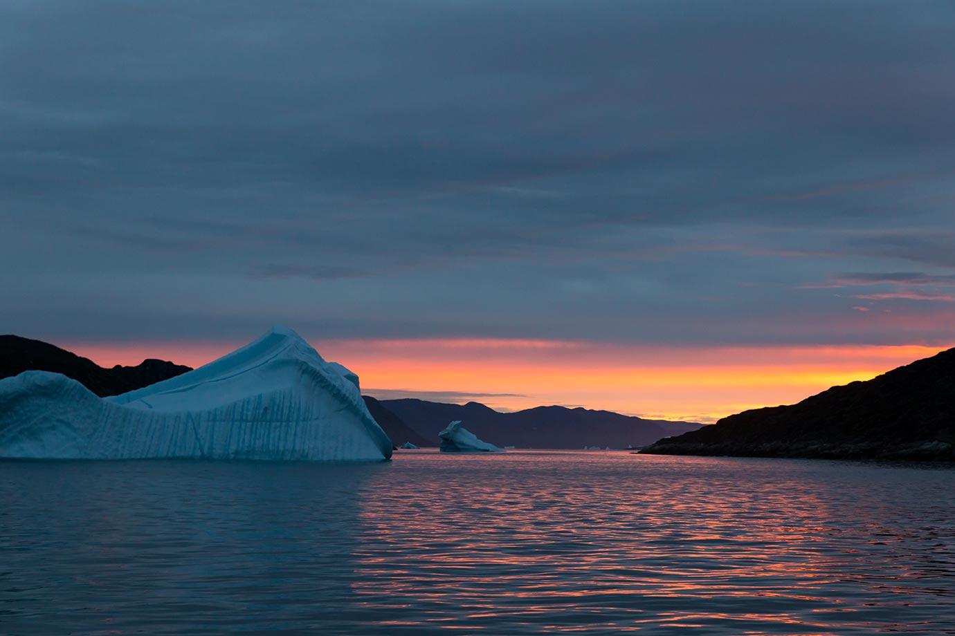 Icebergs and sunset in Qaqortoq