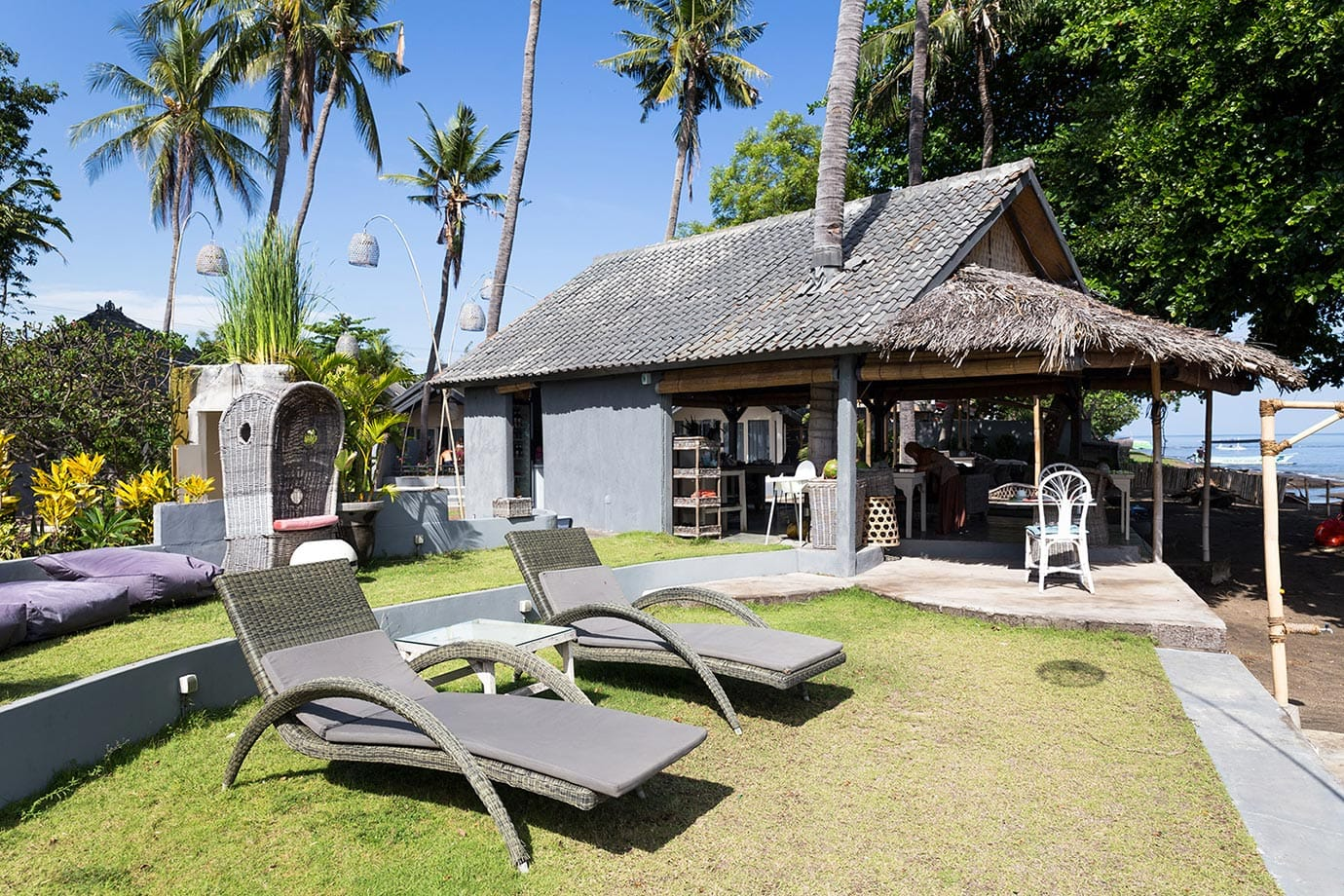 Sun loungers at Lilin Lovina