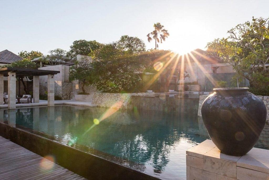 The Bale Review, Bali
