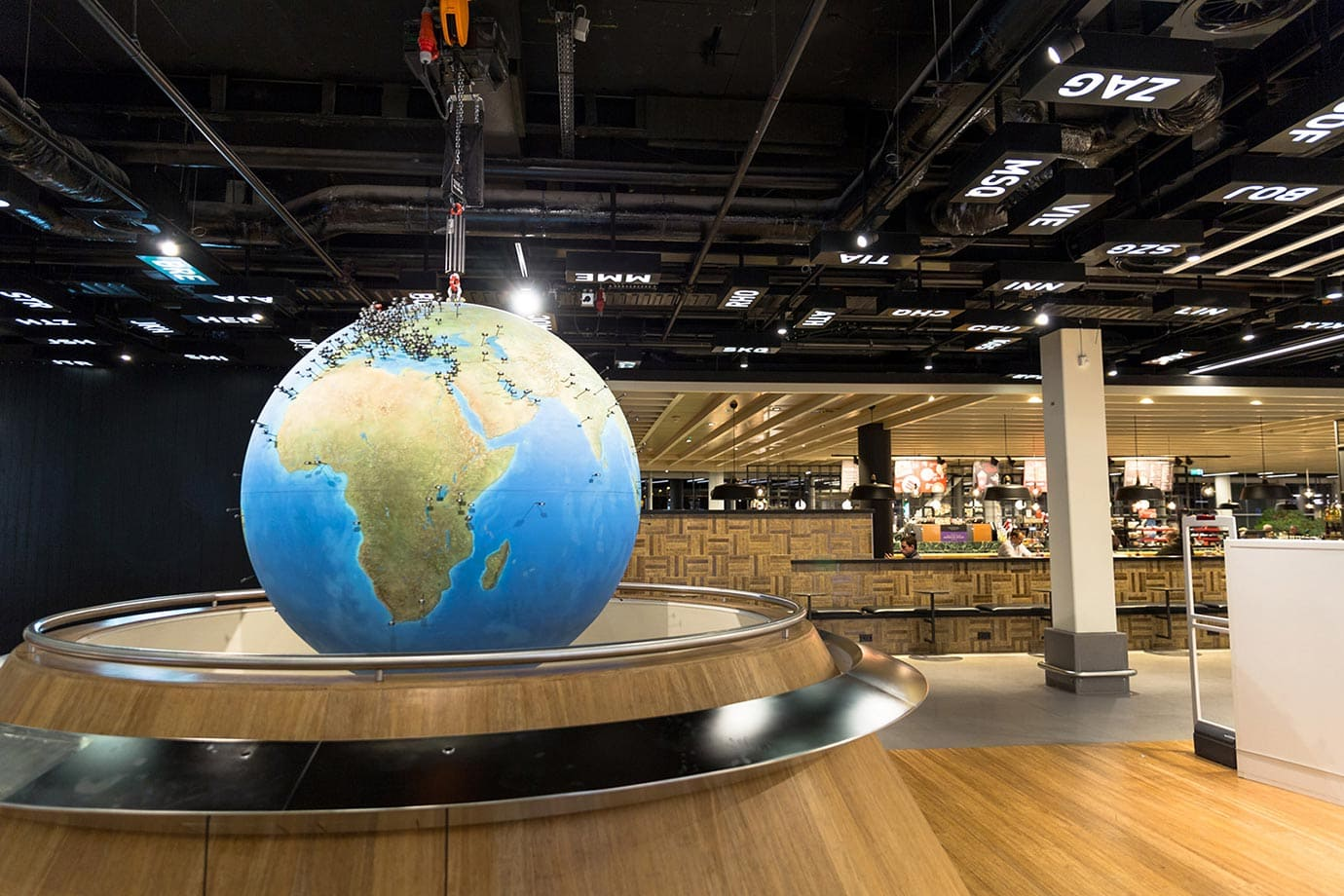Globe at Schiphol Airport