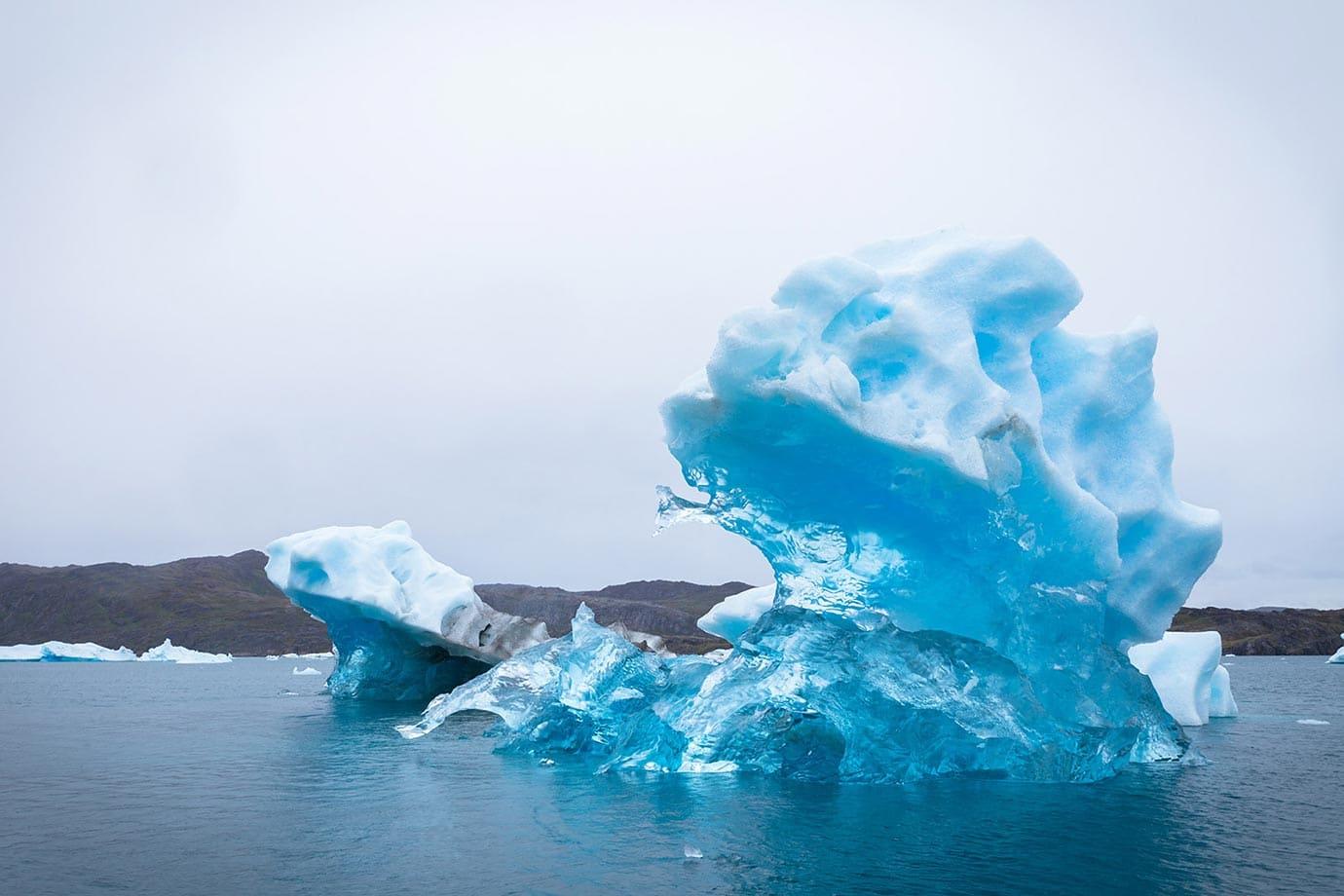 Colourless iceberg