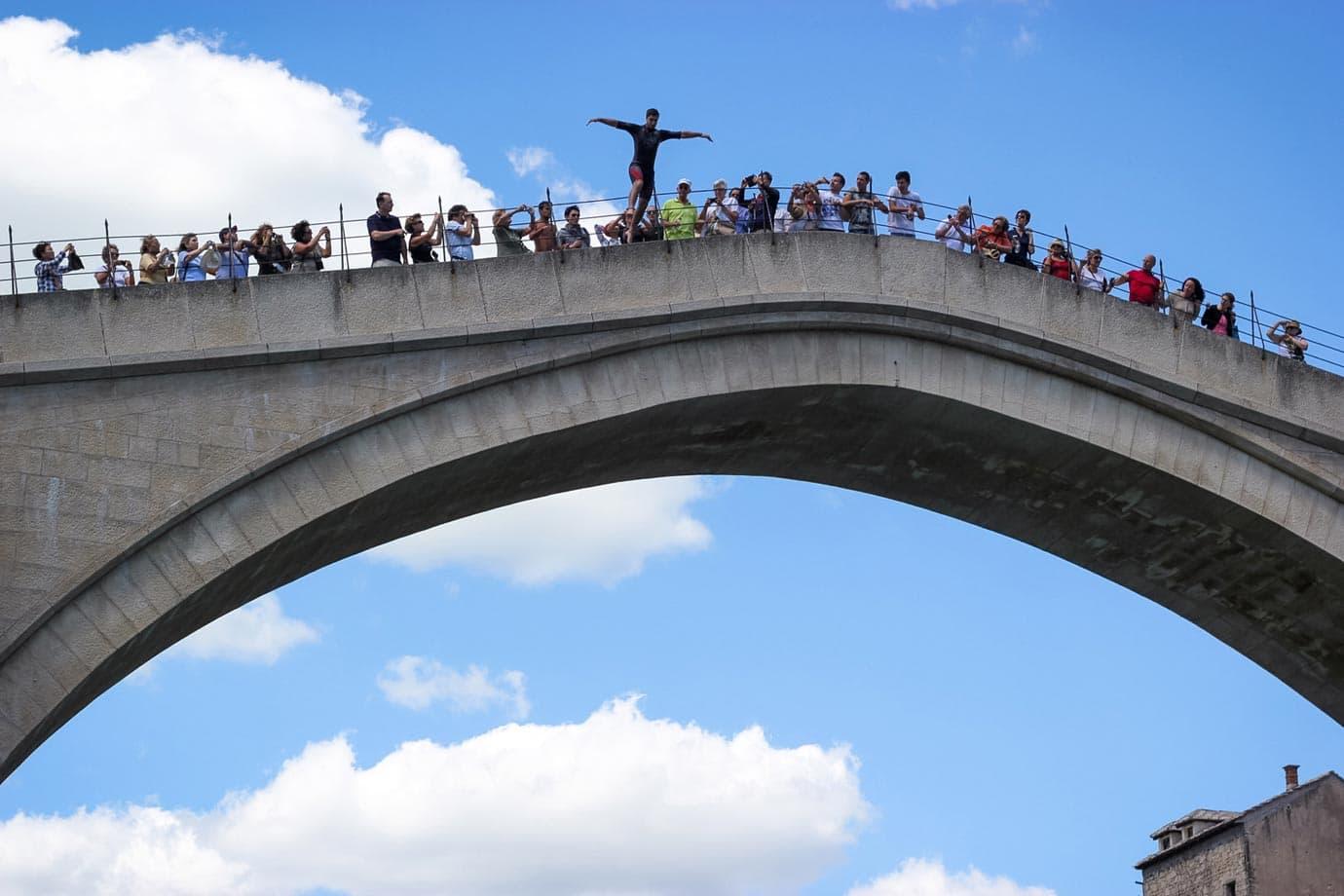 jumping off mostar bridge