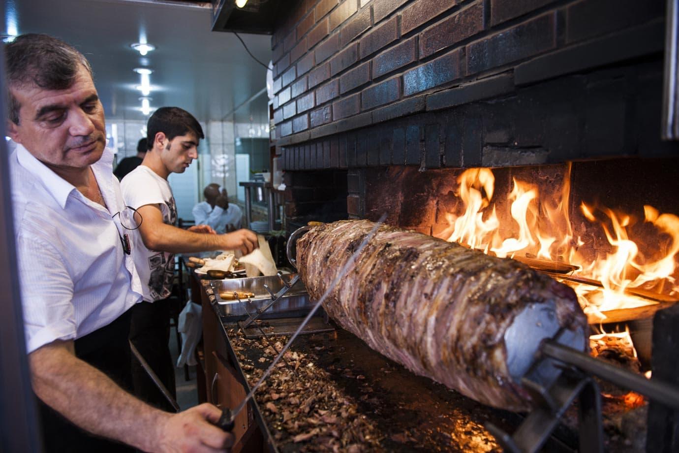 Cağ kebab, Istalnbul