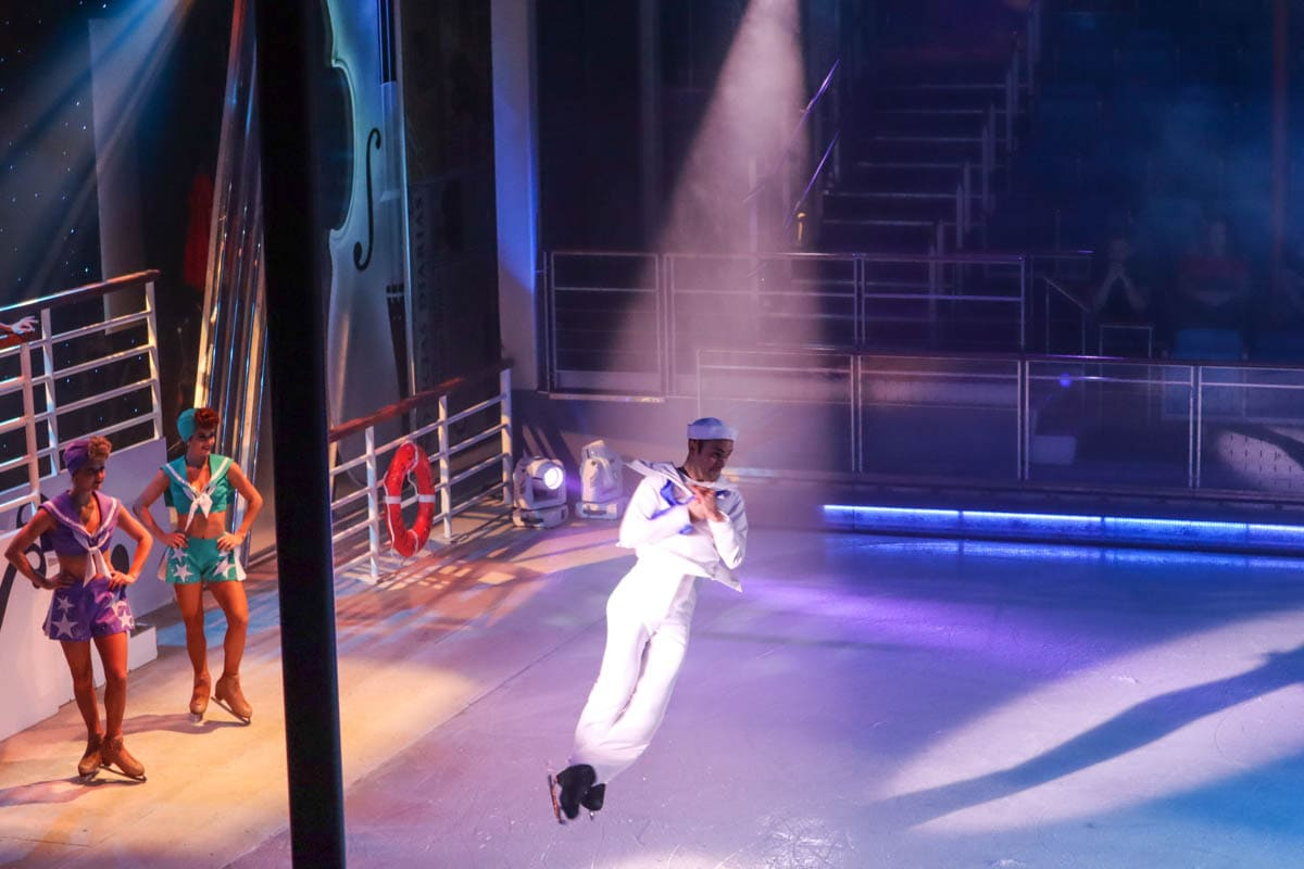 Ice show Independence of the Seas