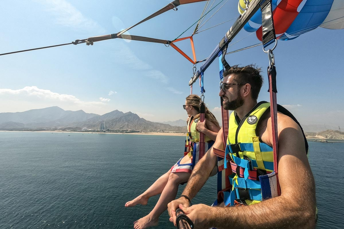 parasailing in the uae