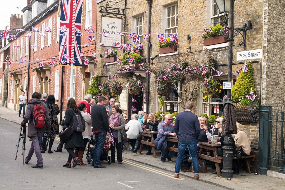 pubs in windsor