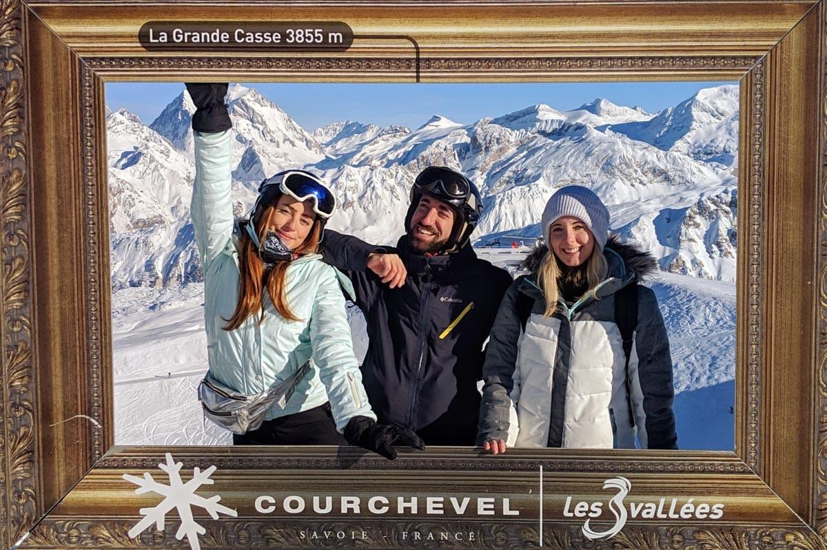 group skiing meribel