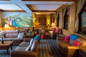 lounge at hotel alba