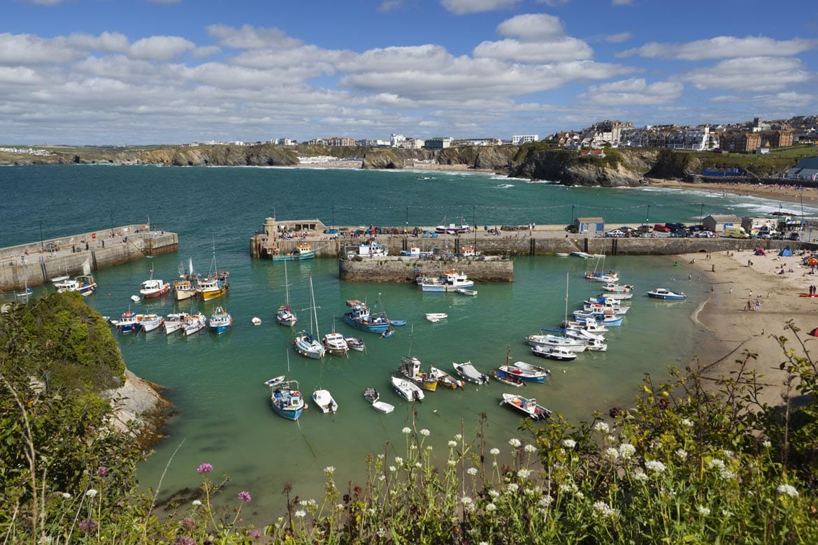 newquay harbour cornwall