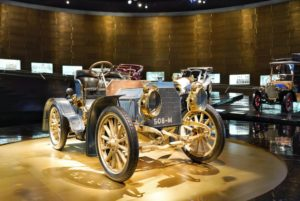 history of the mercedez benz museum