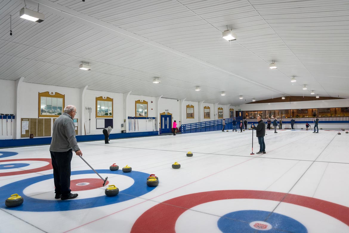north west castle hotel curling