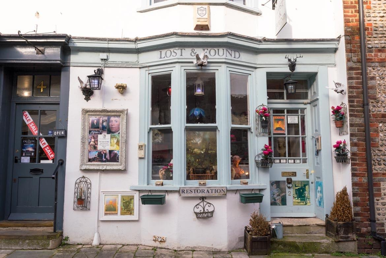 shops in arundel