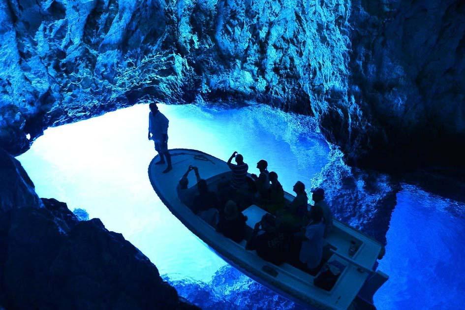 blue cave split