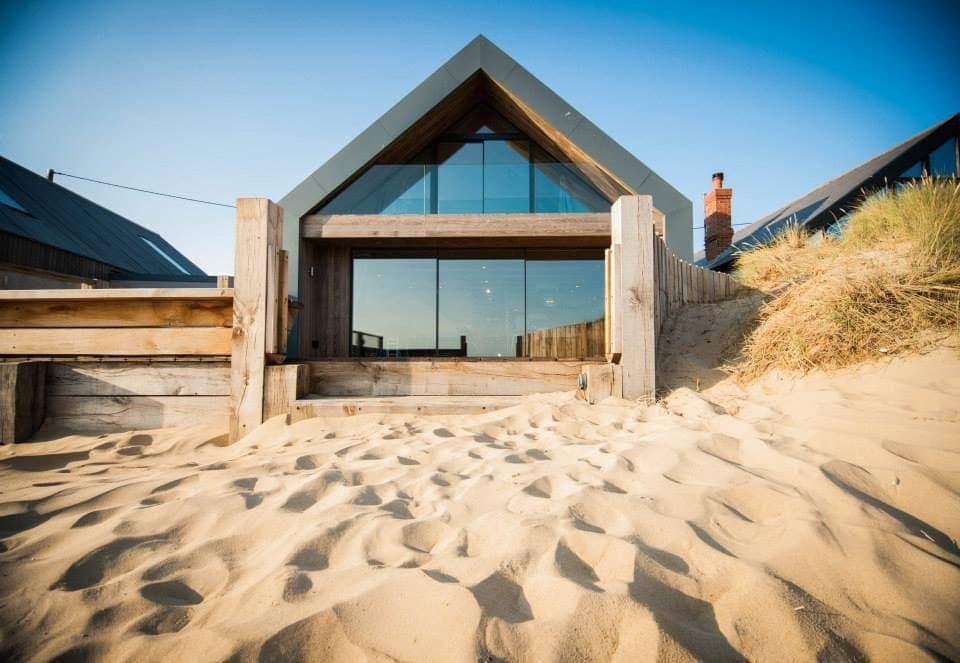 beach airbnb uk