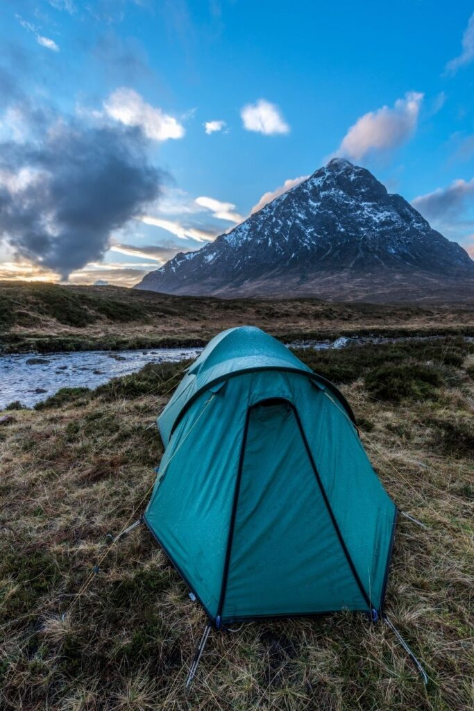 is wild camping legal