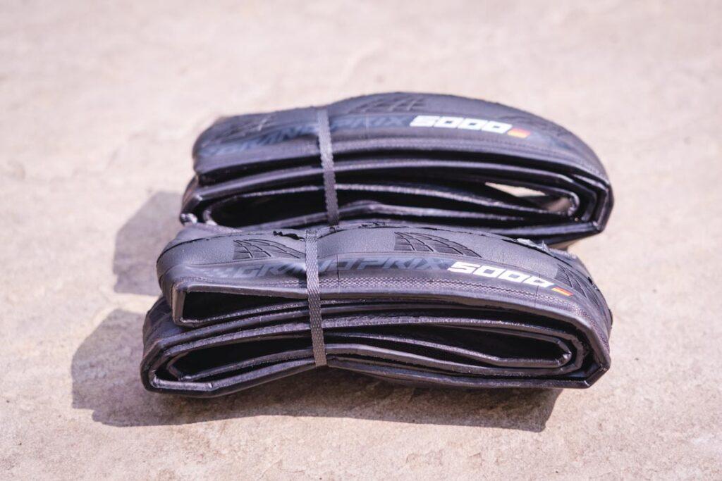how long do road bike tires last