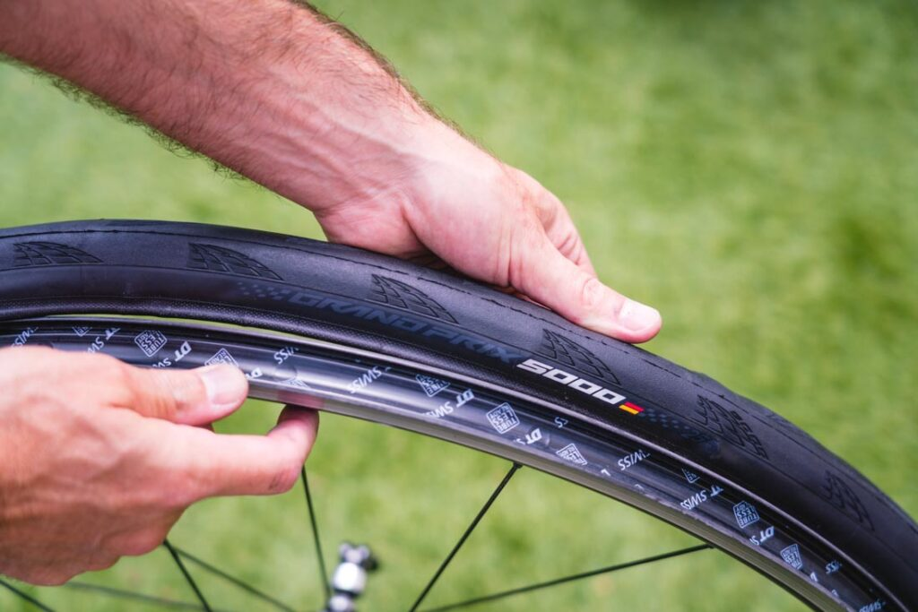how to install road bike tire